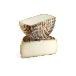 queso cabra curado